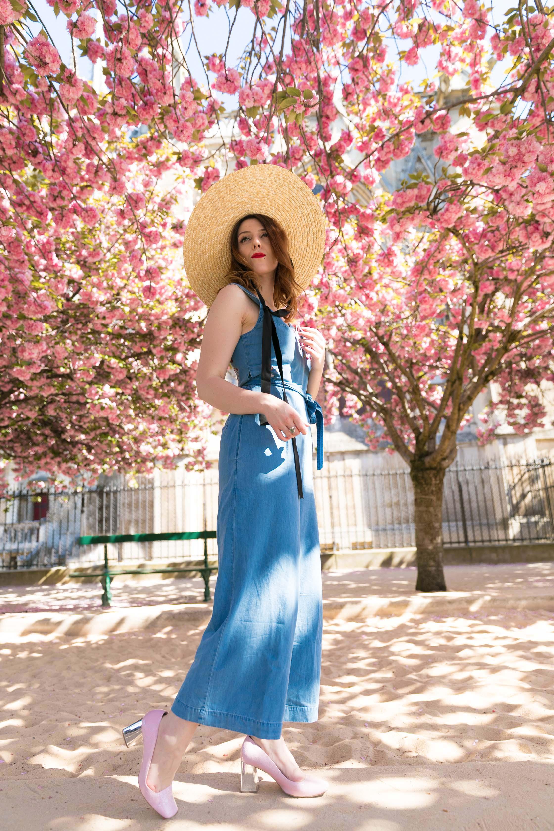 Combinaison denim brodée fleurs notre dame trench vintage framboise pin up retro