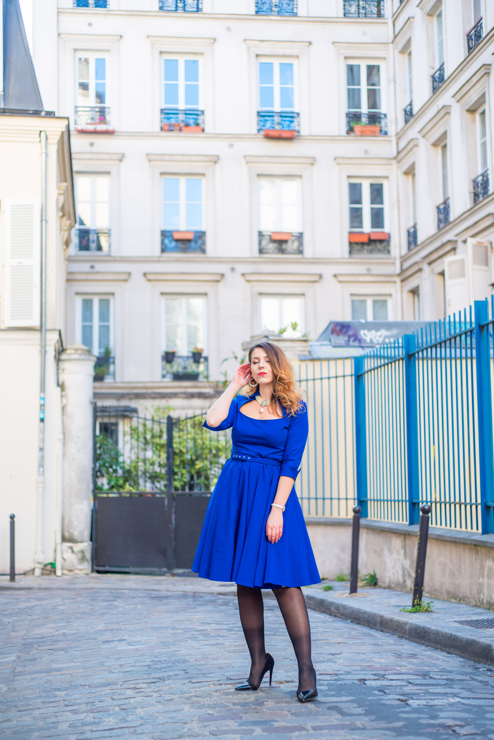 Robe pin up bleu roi Monmartre Paris Charlie Sugar Town