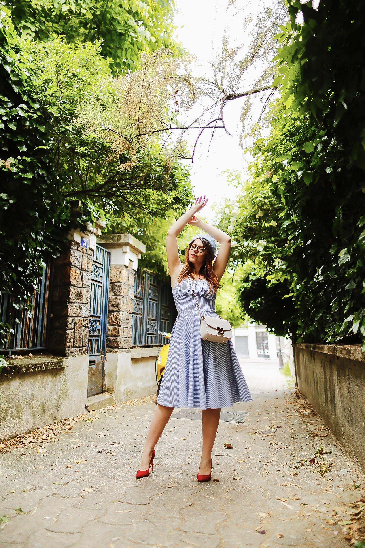 Look rétro vintage - Blog rétro vintage - Paris - Modèle CharlieSugarTown - Photos: @allineedisclothes