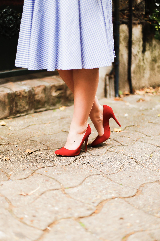 Chaussures personnalisables - Chaussures de mariage - chaussures confortables Paris - Modèle CharlieSugarTown - Photos: @allineedisclothes