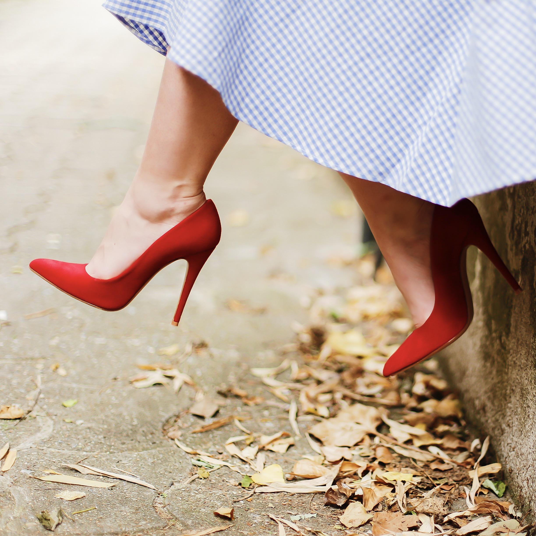 Chaussures personnalisables chaussures confortables chaussures de mariage Mademoiselle Rose Paris - Modèle CharlieSugarTown - Photos: @allineedisclothes