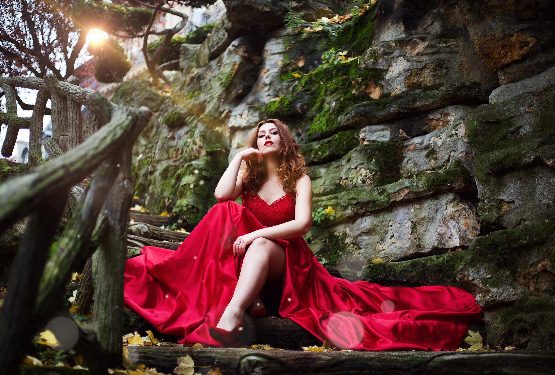 Robes de soirée rouge princesse réveillon noël paris trocadero prom dress