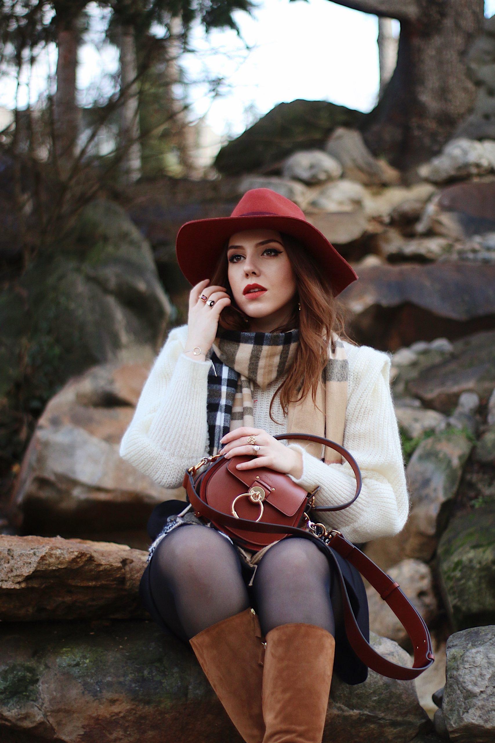 jupe noire tenue boheme sac Tess Chloé cheapeau
