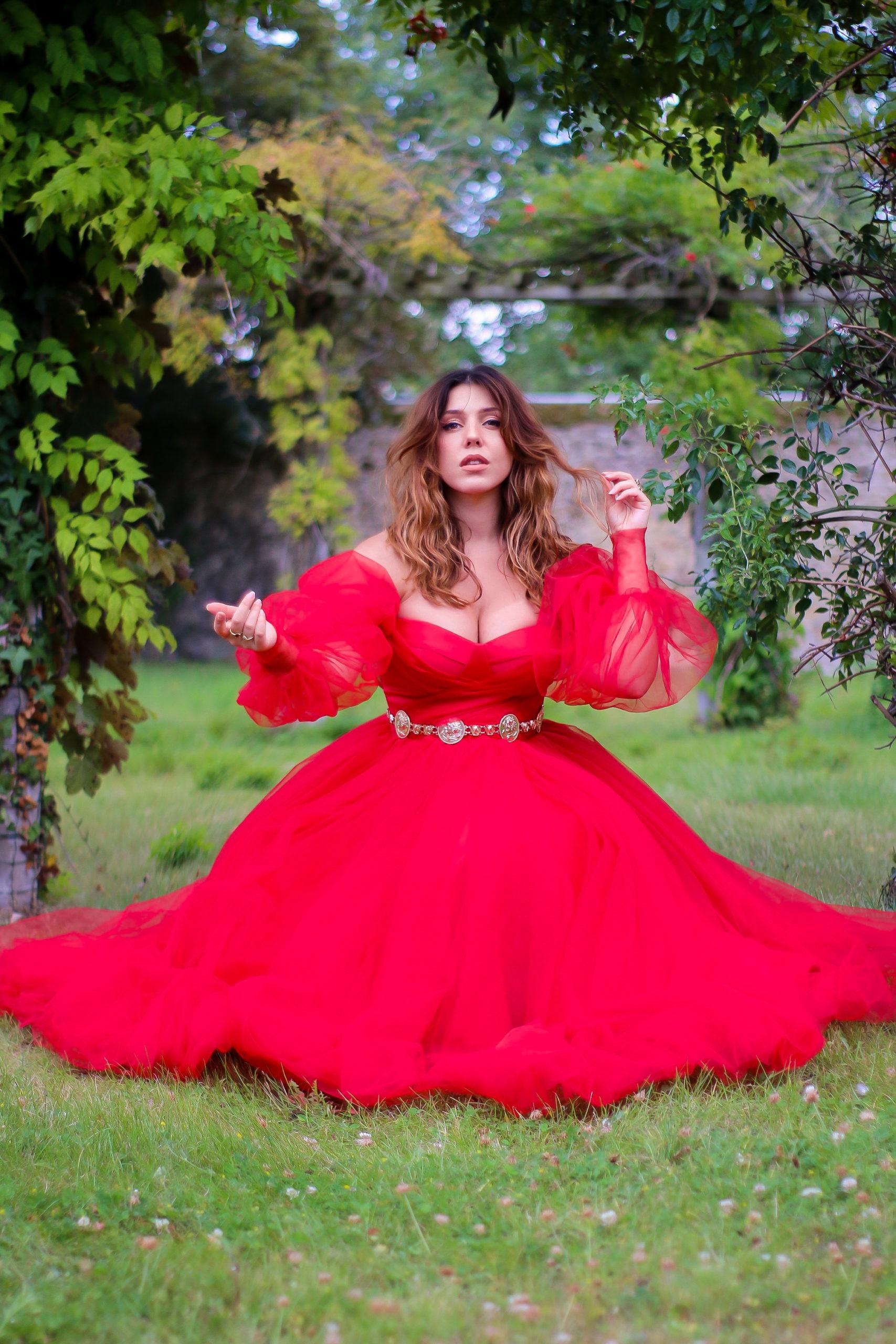 robe de bal rouge romantique princesse